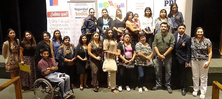 Mujeres de Alto Hospicio participan en actividad sobre igualdad de género